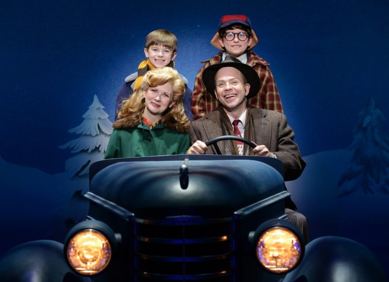 The family goes for a drive in their car, the Old Man and Mother in the front and Ralphie and Randy sit in the back.